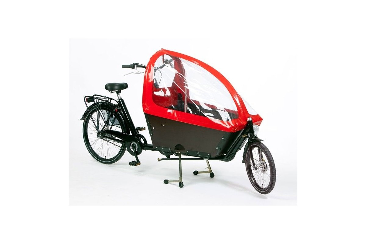 Milano cargo bike with high red rain cover